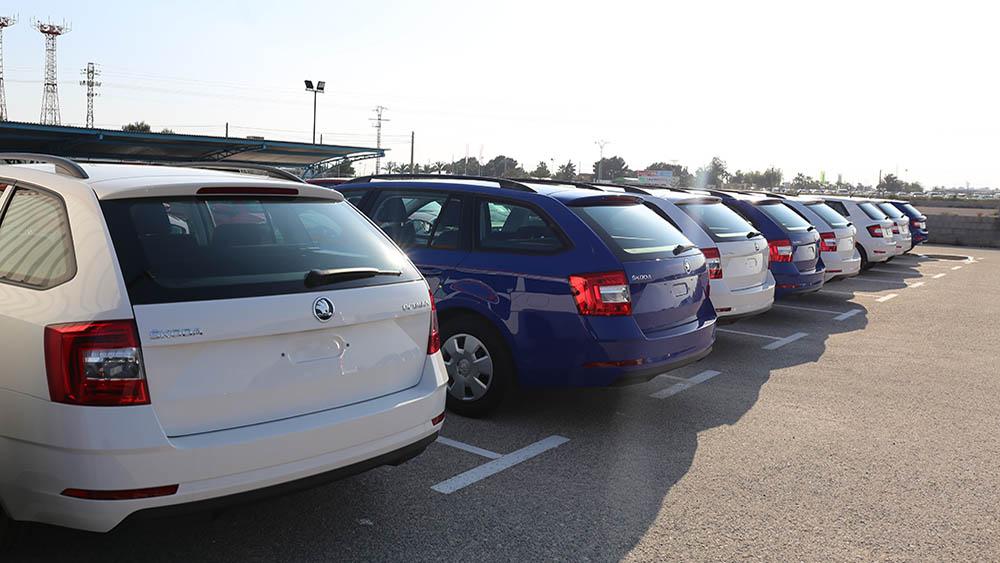 Wir habe neue Flotte der gruppe F und der G - Lara Cars