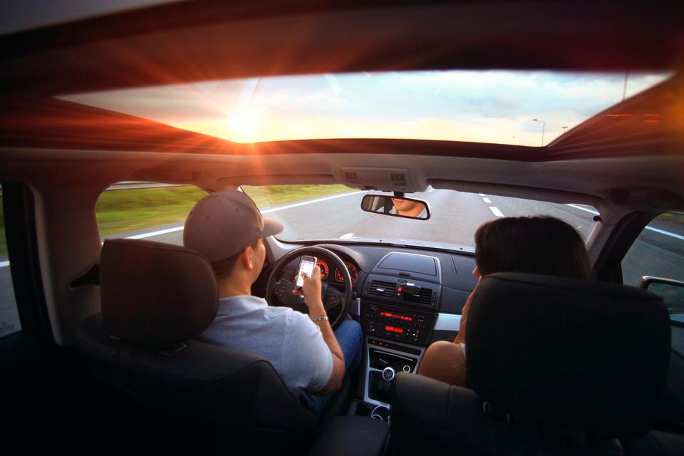 Todas las mejores app para viajar en coche