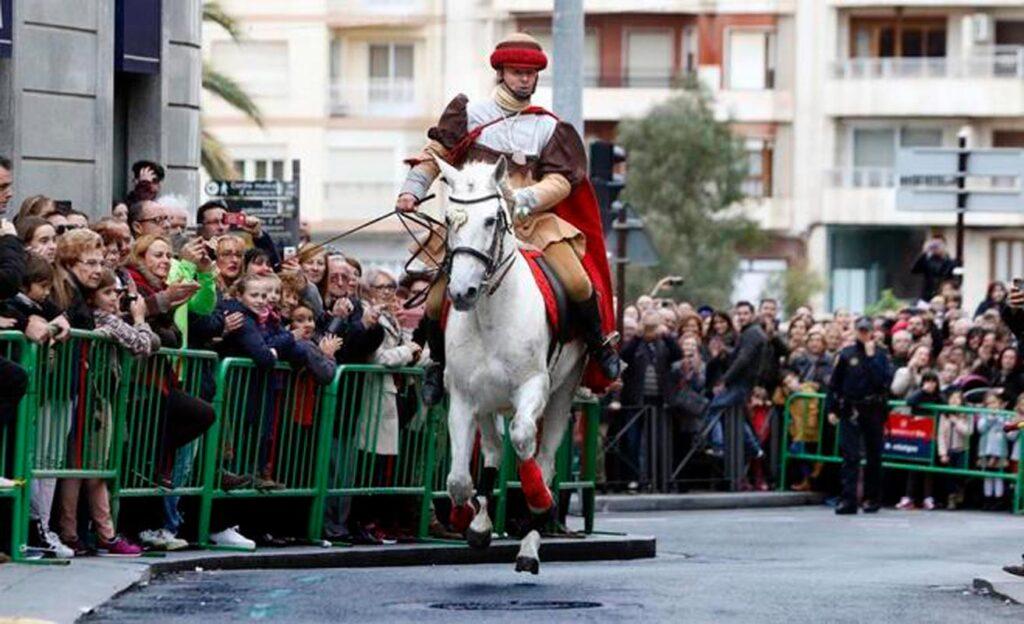 Descubre una de las fiestas más populares de Elche, Cantó y la Venida de la Virgen