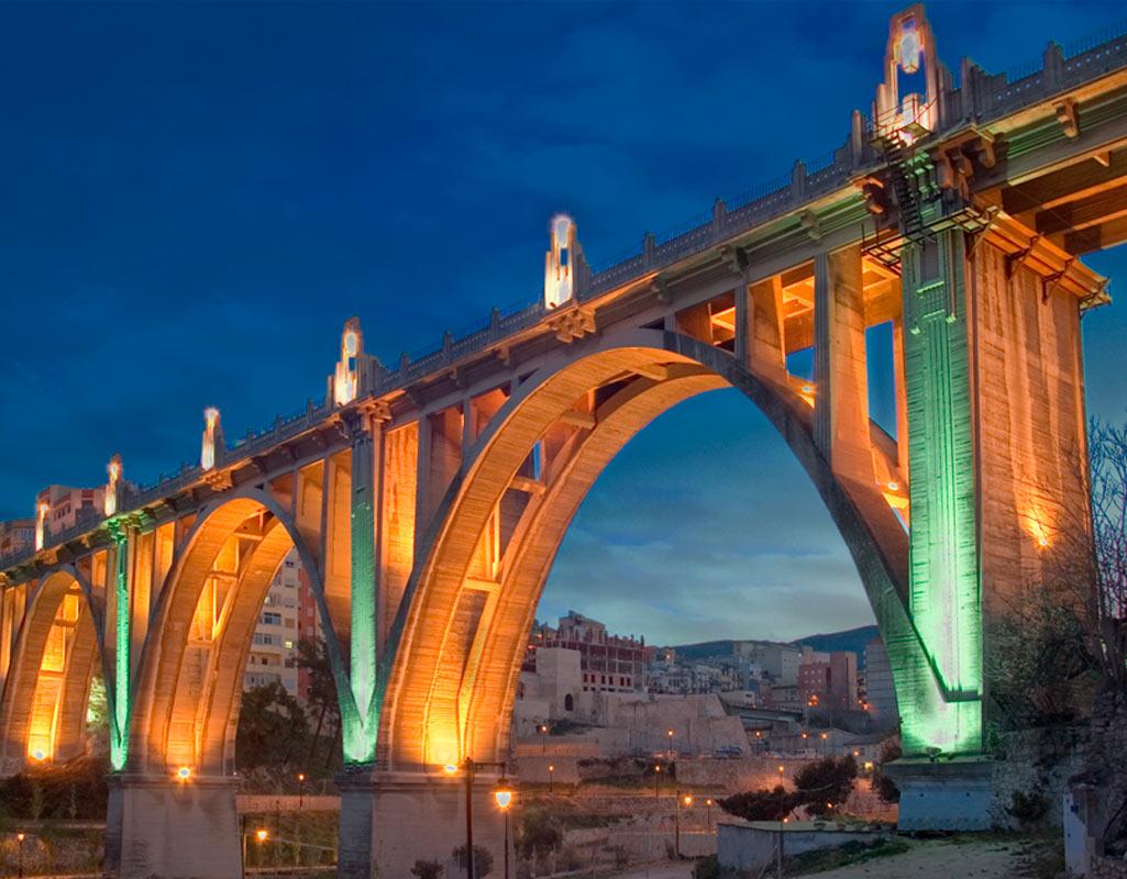 Si vas a visitar el interior de Alacant no te puedes perder el puente de Alcoy
