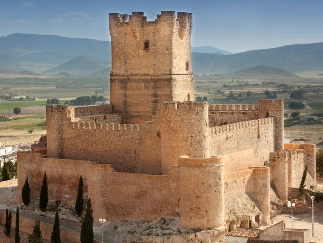 ¿Conoces el interior de Alacant? El Castell de Villena es un lugar de interés turístico que no te puedes perder.