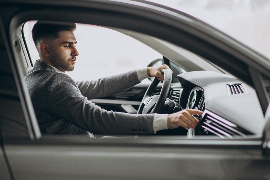 Rent a car en Alicante: alquiler de vehículos económicos en la Costa Blanca y Murcia