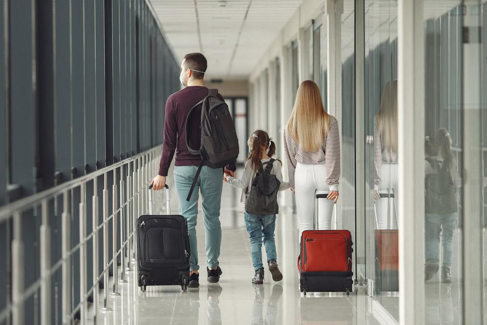 Alquiler de coches en el Aeropuerto de Alicante - Elche con Lara Cars