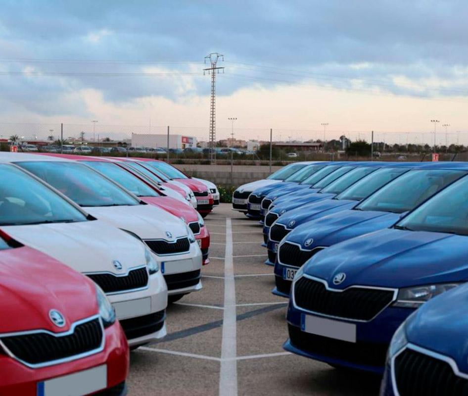 Alquiler de coches de larga duración Lara Cars