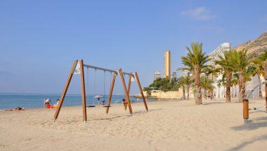Aprovecha el bien tiempo de Alicante para pasar el día en la Playa de la Albufereta