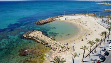Piscinas naturales en la playa de Torrevieja